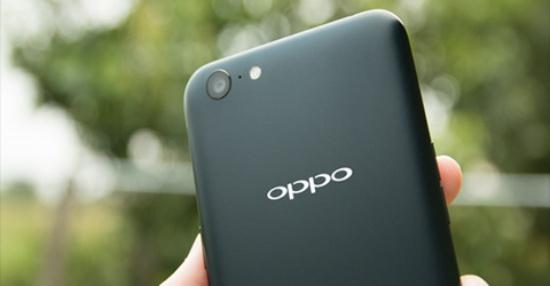 Hư hỏng ở phần cứng có thể là nguyên nhân khiến Oppo không bật được đèn flash